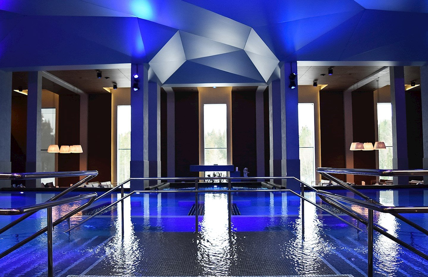 the-well-spa-wellness-basseng-oversikt